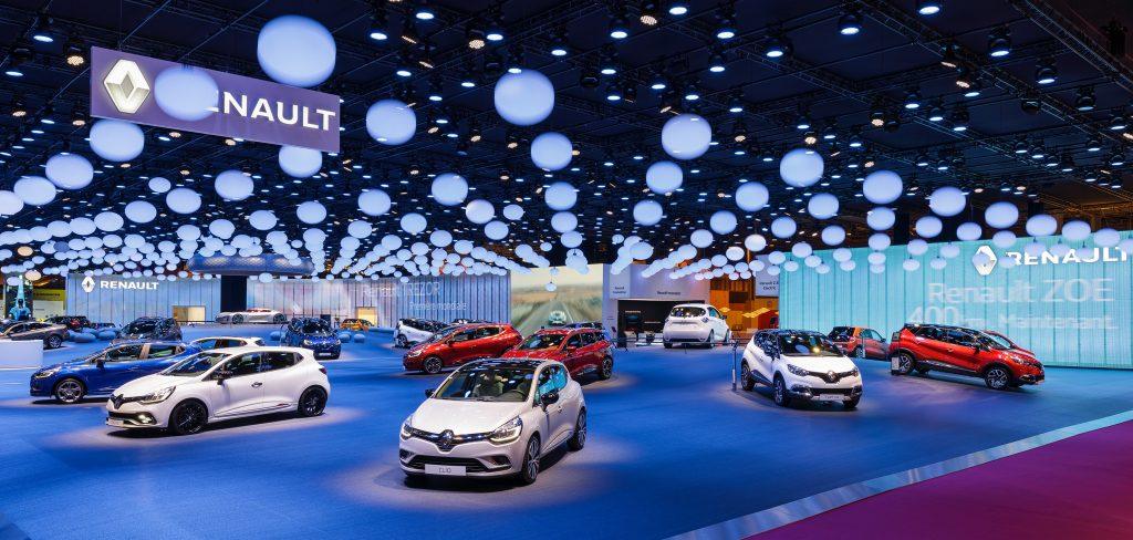 RENAULT-Mondial-Automobile-2016-1