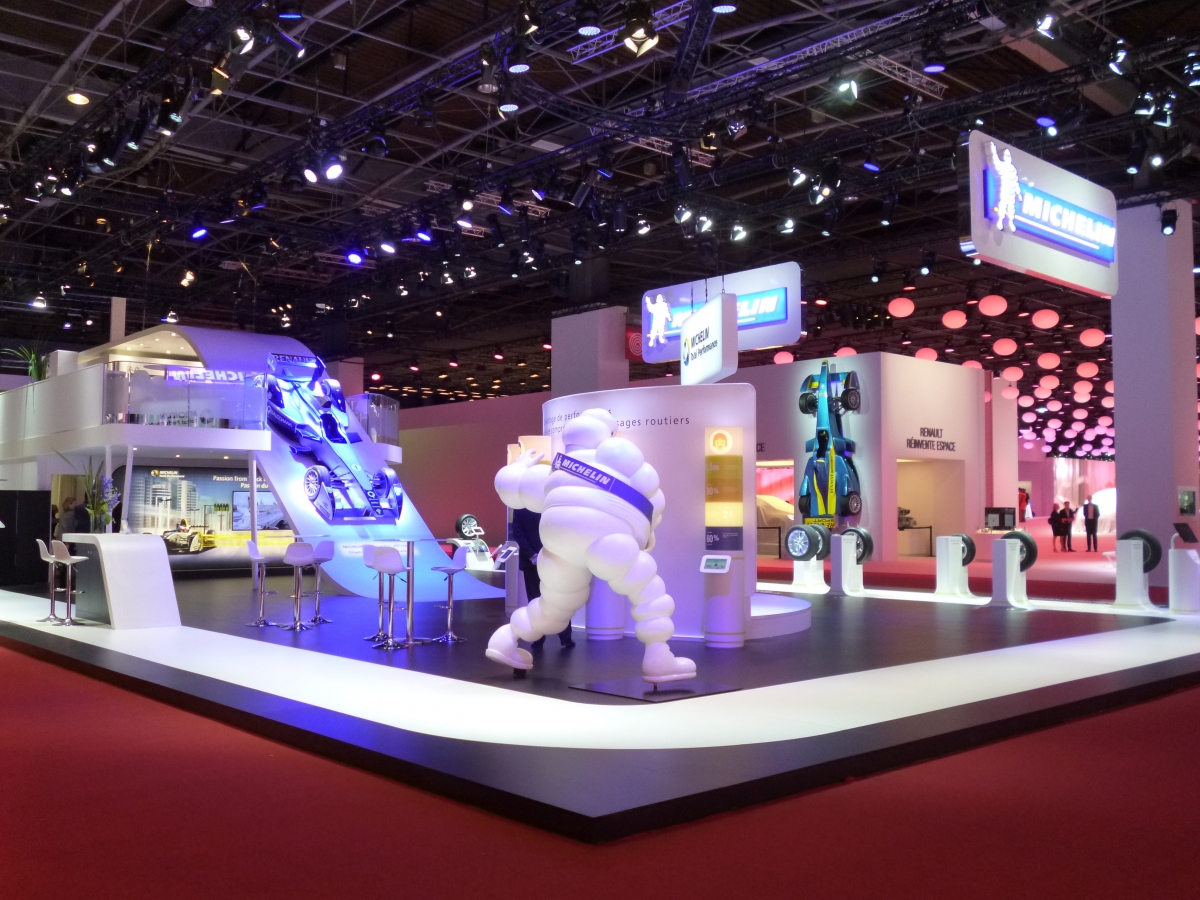 Stand michelin mondial de l 39 auto 2014 centthor for Stand salon auto