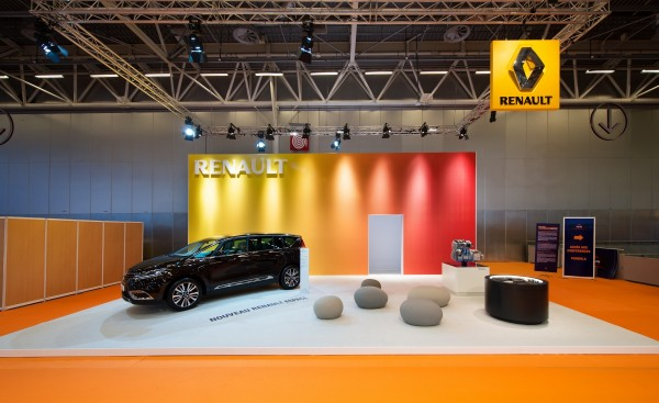 stand-renault-taxi-2015-centthor-2