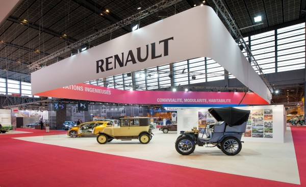 stand-renault-retromobile-2015-centthor-1
