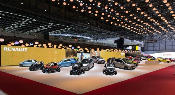 Stand-Renault-Geneve-Centthor-20
