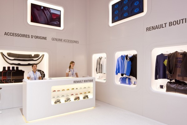 Stand-Renault-Paris-Centthor-21