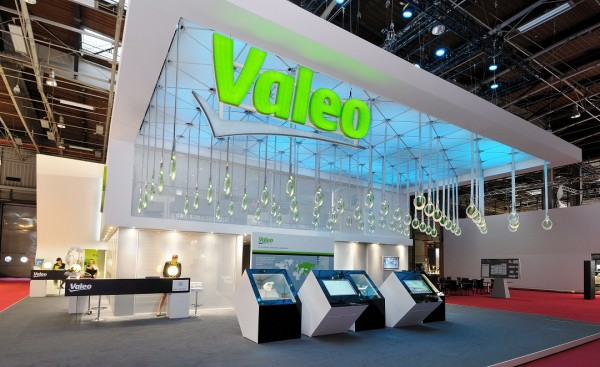 Stand-Valeo-Automobile-Centthor-2