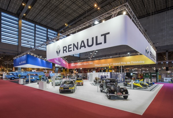 Stand_Renault_Retromobile_2016_Centthor-3