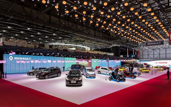 stand-renault-geneve-2015-centthor-5