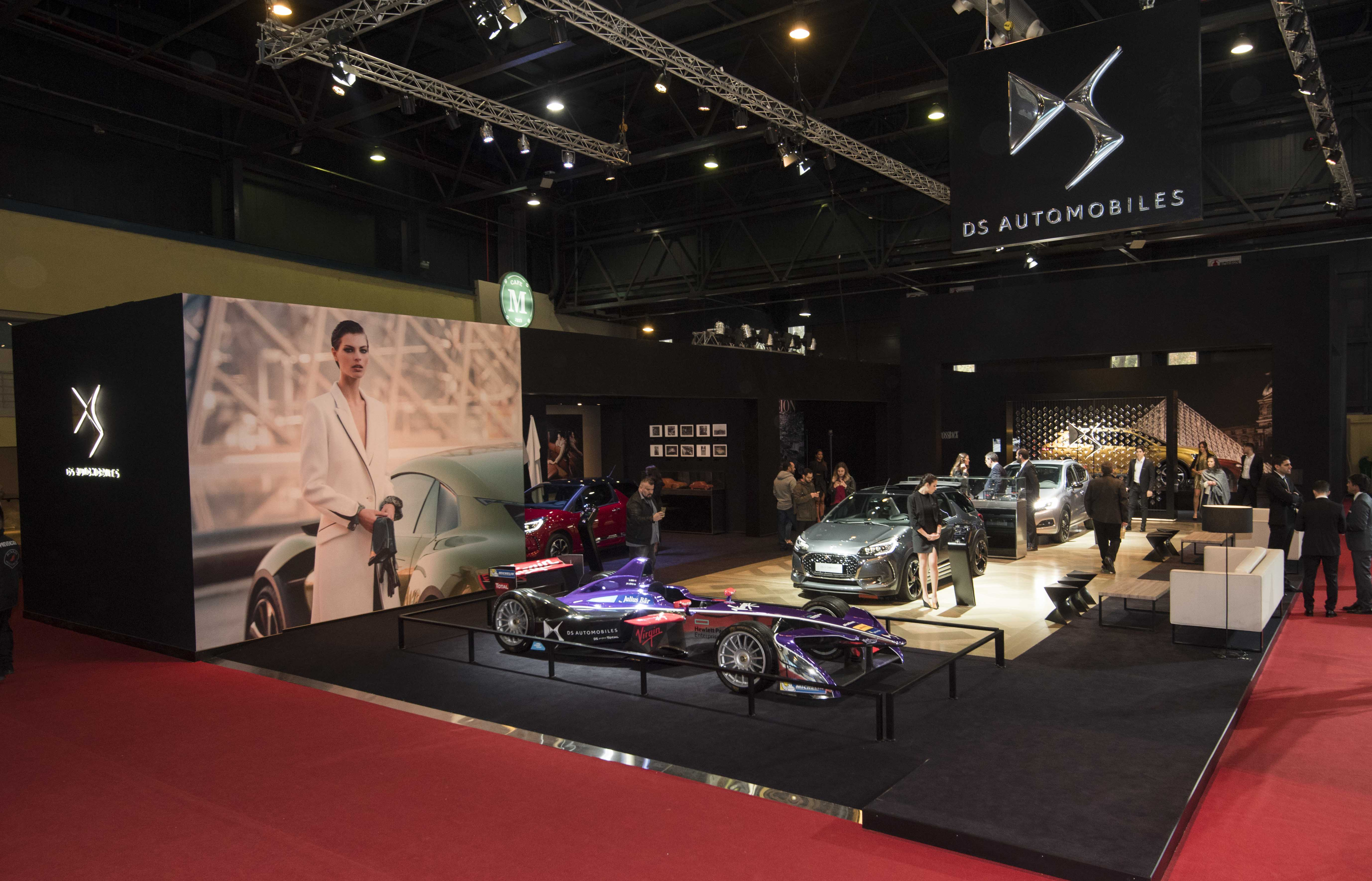 Stand DS salon automobile Buenos Aires 2017