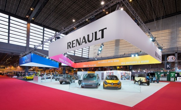 stand-renault-retromobile-2015-centthor-2