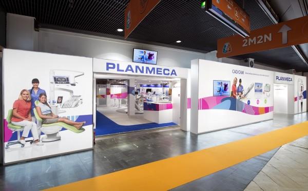 Stand-Planmeca-Centthor-Congres-ADF-12