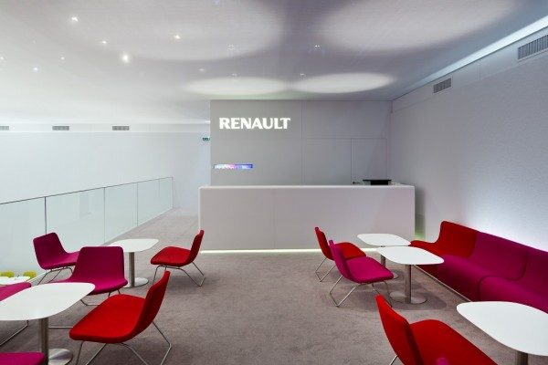 Stand-Renault-Paris-Centthor-33